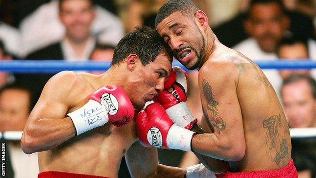 Castillo (left) and Corrales spent almost every second of the fight at close quarters