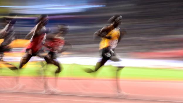 Joshua Cheptegei wins the 2019 10,000m