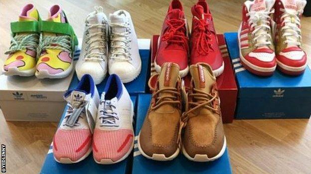 DeAndre Yedlin's shoes