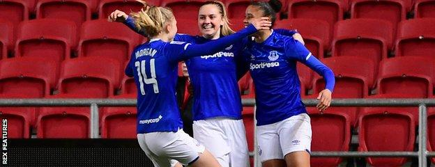 Everton celebrate at Ashton Gate