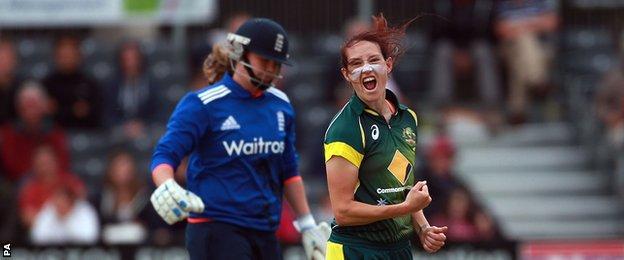 Megan Schutt celebrates the wickets of Anya Shrubsole