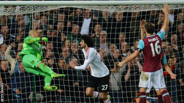 Marouane Fellaini scores for Man United against West Ham