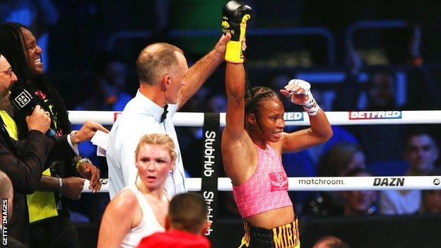 Jamie Mitchell a battu Shannon Courtney