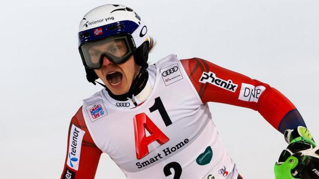 Henrik Kristoffersen targeted with snowballs during World Cup race