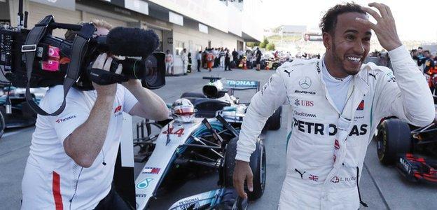 Lewis Hamilton wins the Japanese GP
