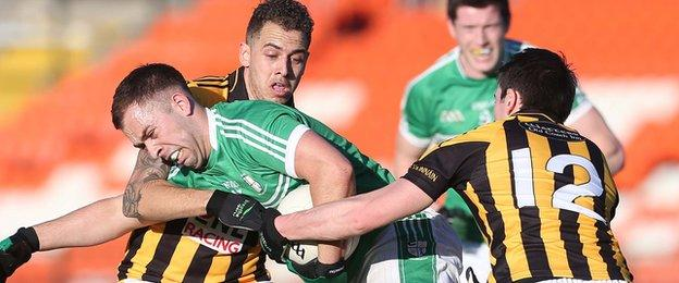 There's no way out for Cargin's Marty Kane at a sun-kissed Athletic Grounds on Sunday