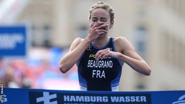 Cassandre Beaugrand wins Hamburg WTS race