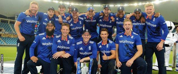 England with the ODI series trophy