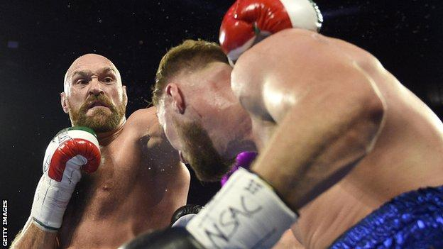 Fury boxing Otto Wallin in September