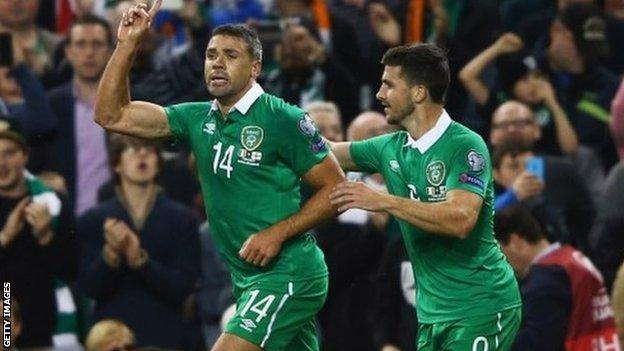 Jon Walters (left) celebrates scoring