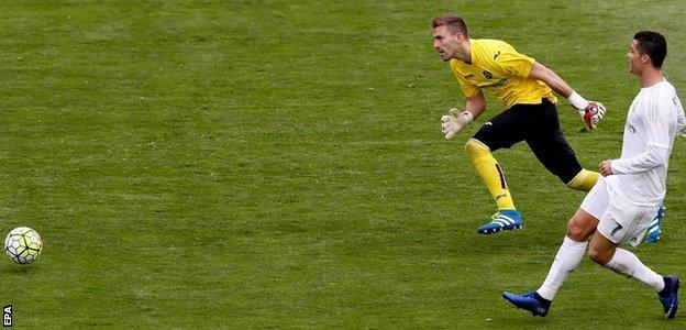 Cristiano Ronaldo scores against Getafe
