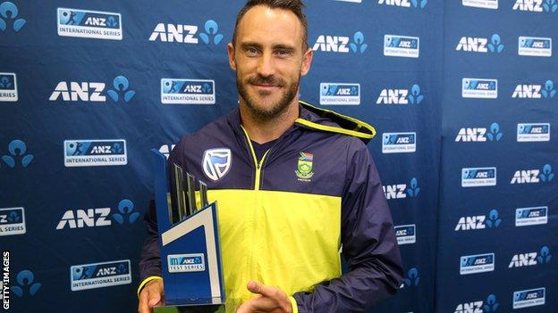 South Africa skipper Faf du Plessis with the Test series trophy