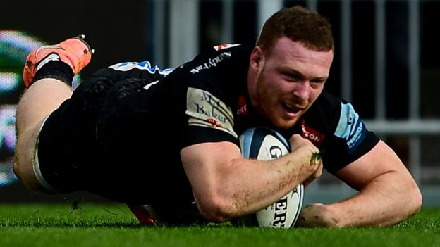 Exeter thrash Bath to return to top of Premiership