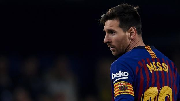 Lionel Messi: How do Man Utd stop Barcelona star & what is it like to face him?