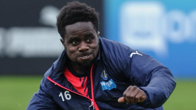 Glentoran: Irish Premiership club sign international duo Gael Bigirimana and Dayle Coleing