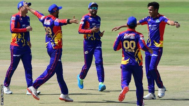 Karachi Kings celebrating a wicket