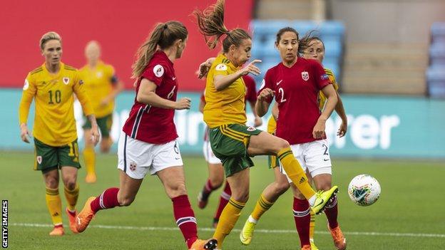 Kayleigh Green on the ball
