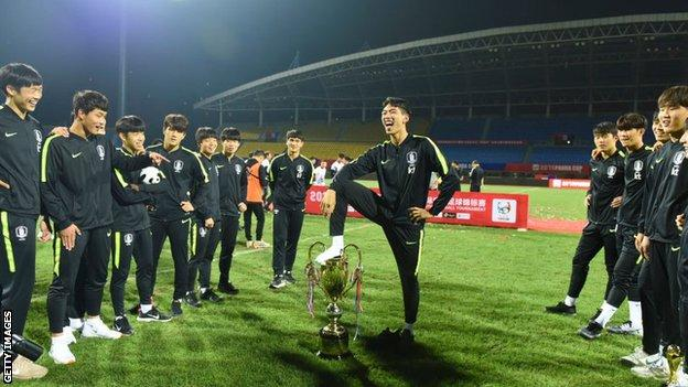South Korea's Under-18 team celebrates winning the 2019 Panda Cup International Youth Football Tournament at Shuangliu Sports Center on May 29, 2019 in Chengdu, Sichuan Province of China.