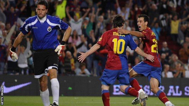 Barcelona v Racing Santander
