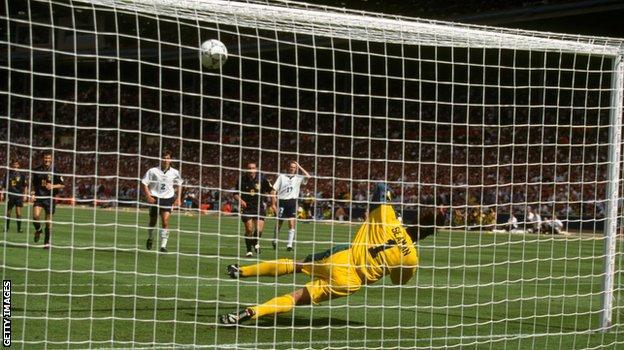 David Seaman saves Gary McAllister's penalty