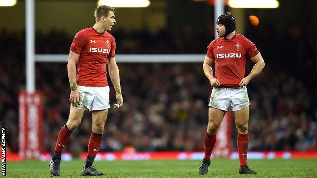 Liam Williams and Leigh Halfpenny