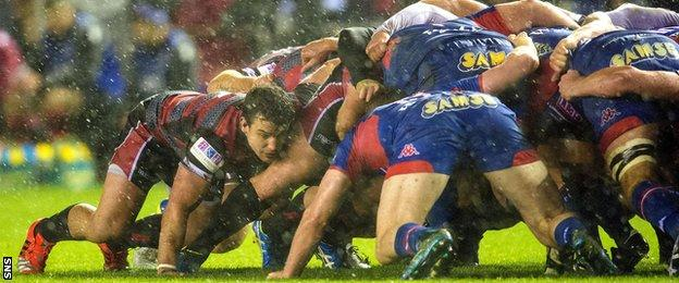 John Hardie playing for Edinburgh against Grenoble