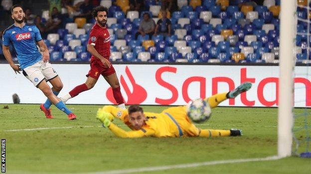Alex Meret brilliantly denies Mohamed Salah
