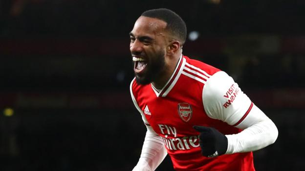 Alexandre Lacazette: Striker wants to stay even if Arsenal don