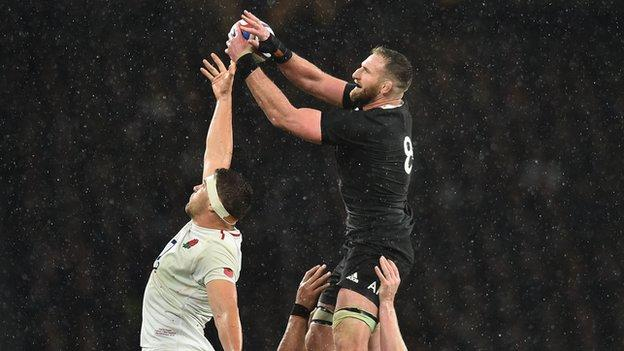 New Zealand's Kieron Read wins a line-out