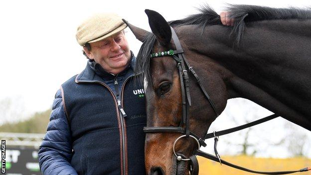 Trainer Nicky Henderson with Altior