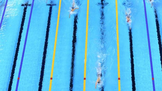 Katie Ledecky leads the women's 800m freestyle Final