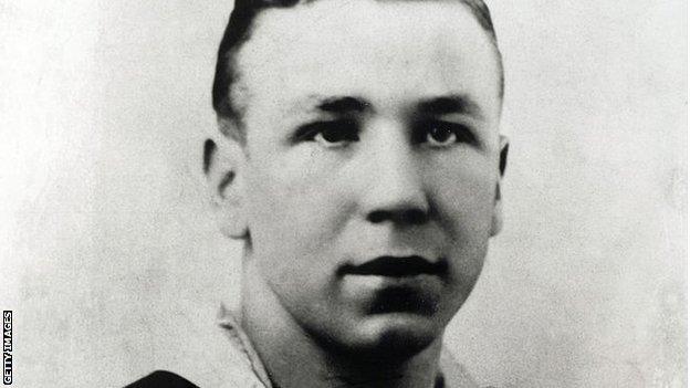 A young Matt Busby at Manchester City