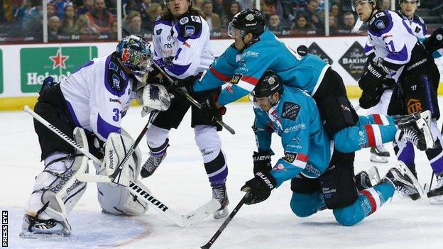 Braehead's Chris Holt and Chris Higgins of the Giants in action at the SSE Arena