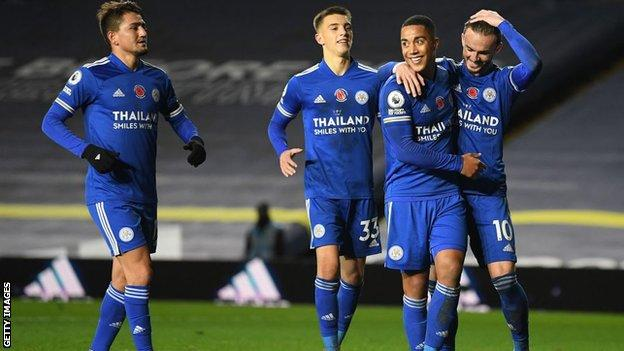 Leeds United 1 4 Leicester City Foxes Move Within A Point Of Top Bbc Sport