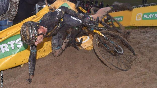 Cyclocross crash