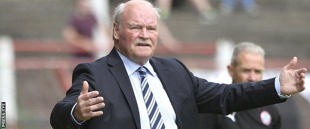 Glentoran manager Ronnie McFall is the oldest manager in the Irish League