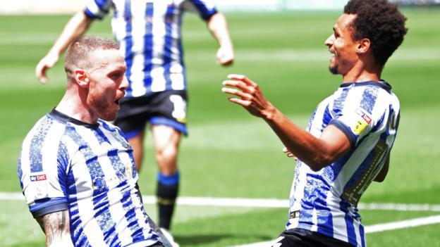 Bristol City 1-2 Sheffield Wednesday: Connor Wickham & Massimo Luongo give Owls win thumbnail