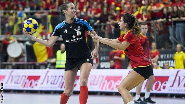 Belgium and Netherlands face off at korfball
