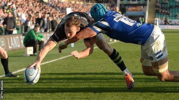 Rory Hutchinson try