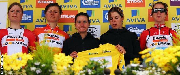 Lizzie Armitstead team