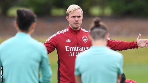 Jonas Eidevall oversees Arsenal Women traning