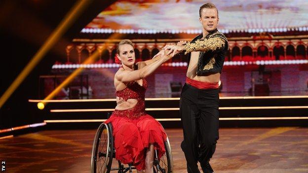 Birgit Skarstein pictured dancing in Norway's Skal vi Danse? programme