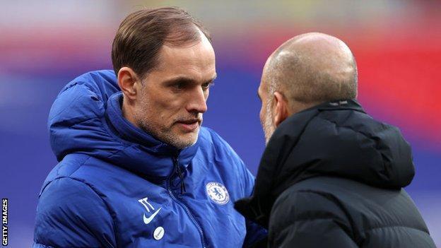 El técnico del Chelsea Thomas Tuchel y el técnico del Manchester City Pep Guardiola