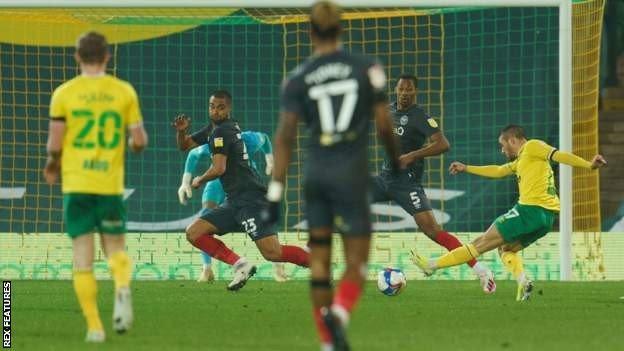 Emi Buendia scores for Norwich City against Brentford