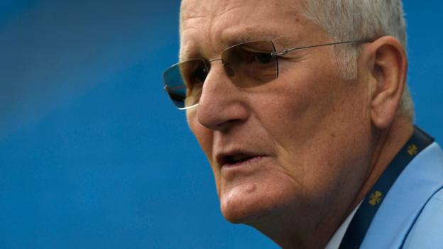 Bob Willis Trophy: Shortened red-ball competitors named after ex-England captain thumbnail