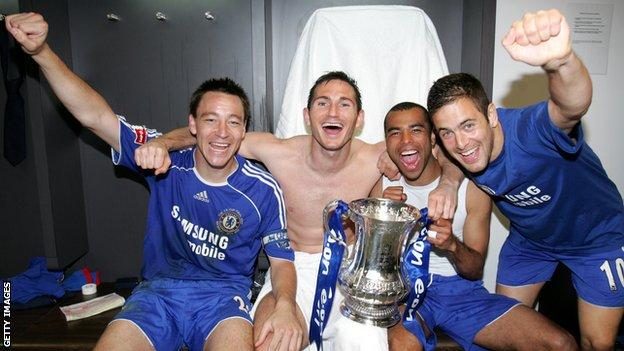 John Terry, Frank Lampard, Ashley Cole and Joe Cole celebrate winning the FA Cup