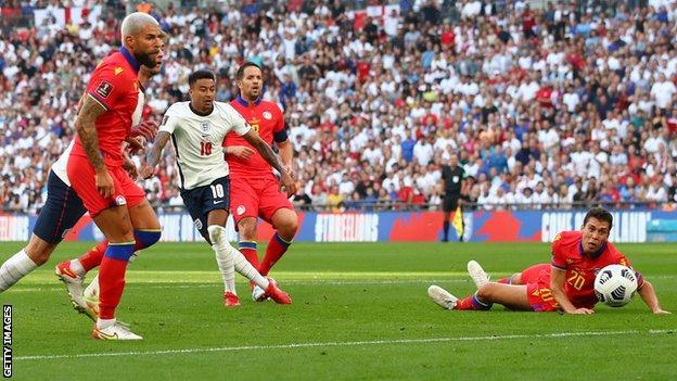 Jesse Lingard marque pour l'Angleterre contre Andorre