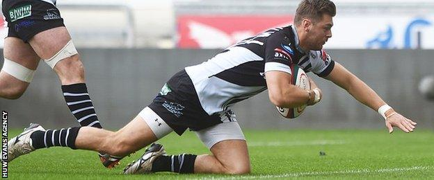Alex Webber goes over for rugby union's first six point try