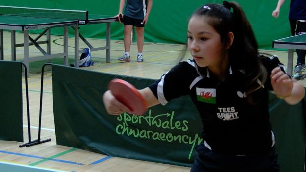 Commonwealth Games 2018: Wales name 11-year-old Anna Hursey in squad