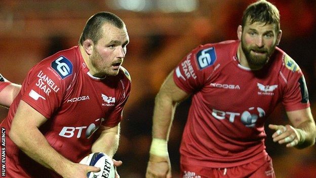 Ken Owens and John Barclay in action for Scarlets